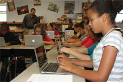 Embedded Image for: Technology goes to the head of the class (Owensboro-fifth-grade-distribution.jpg)